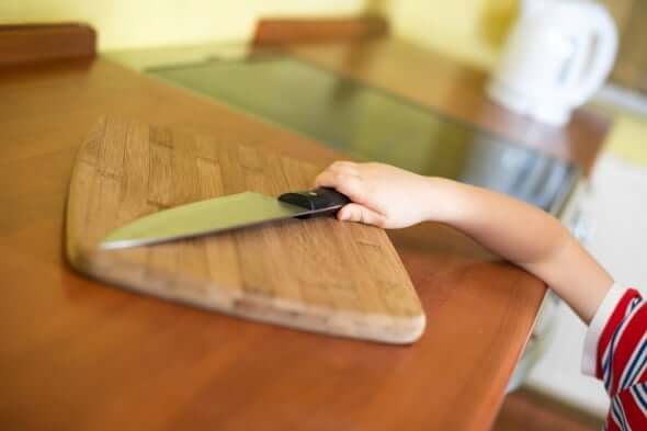 Sharp Objects, Safety at home